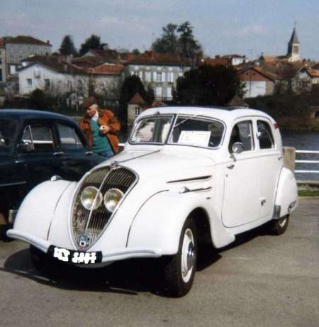 france 92 hauts de seine limoges vente voiture de 1936 peugeot 302 14500 euros occasion. Black Bedroom Furniture Sets. Home Design Ideas